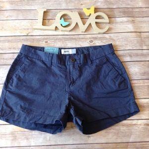 ❗️SOLD❗️Old Navy women's size 2 navy blue shorts